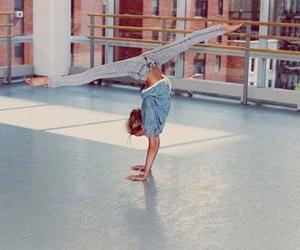 gymnastics and split image