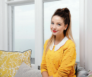 zoella, zoe, and youtuber image