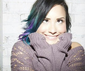 demi, haircolor, and photoshoot image