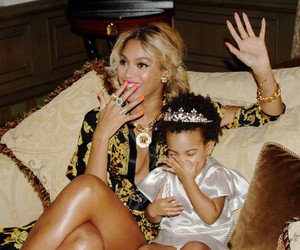 blue, yonce, and beyoncé image