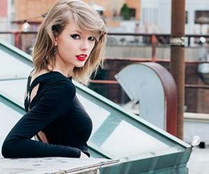 Taylor Swift, black, and singer image