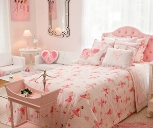 pink, quarto, and room image