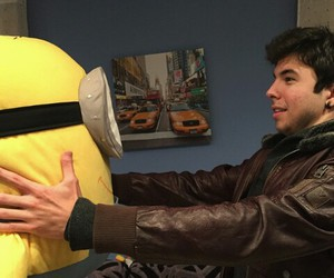 willyrex and luzo el minion image