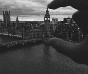 city, london, and grunge image