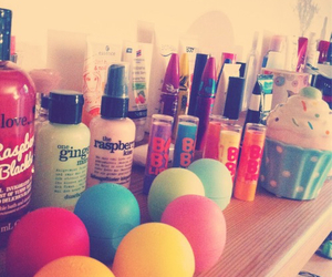 eos, make up, and baby lips image