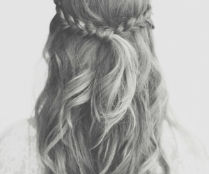 beautiful, hairstyle, and just right image