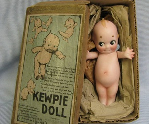 antique and dolls image