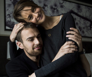 theo james, divergent, and Shailene Woodley image