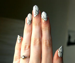nails and porcelain image