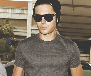 zac efron, boy, and celebrity image