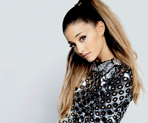 fashion, hq, and ariana grande image