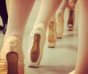 bailarina, ballerina, and ballet image
