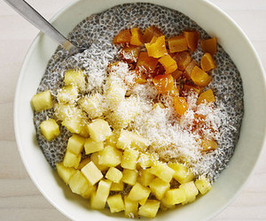 healthy and chia pudding image