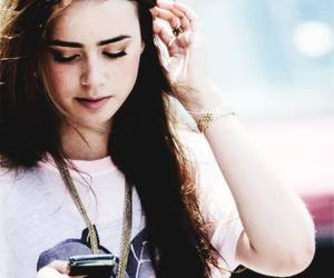 lily collins and city of bones image