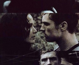 catching fire, peeta mellark, and katniss everdeen image
