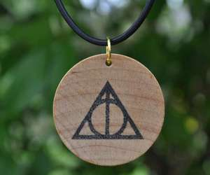 harry potter, collar, and relíquias image
