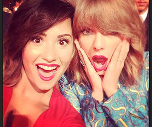 demi lovato, Taylor Swift, and vma image