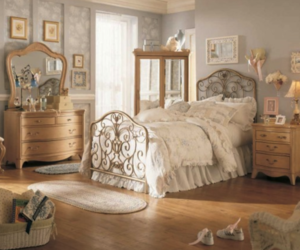 bed and wallpaper image