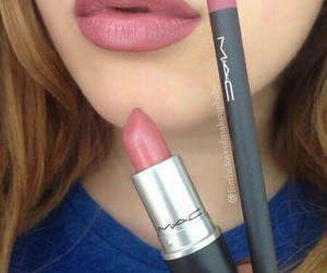 beauty, lipstick, and pink image