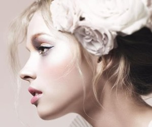 blonde, flower, and hair image