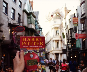 book, harry potter, and street image