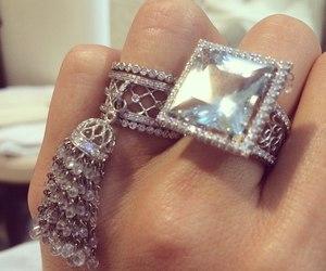 fashion, glitter, and jewelry image