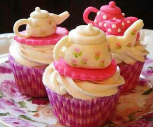 cupcakes, muffins, and pink image