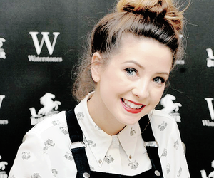 youtuber and zoella image