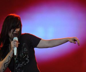 pitty, rock in rio, and ondark image