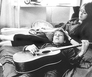 dylan, bob dylan, and suze rotolo image