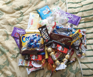body, candy, and cereals image