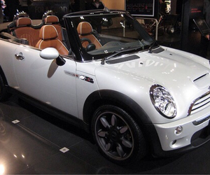 mini cooper and white image