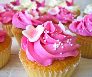 cupcakes, pink, and sweet image