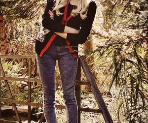 bandana, fashion, and blonde image