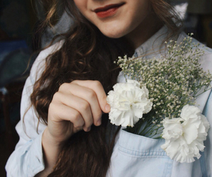 bouquet, brown hair, and curly hair image