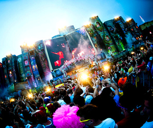 people and tommorowland image