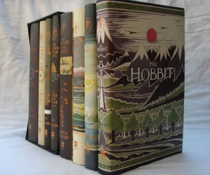 book and hobbit image