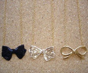 necklace and bow image