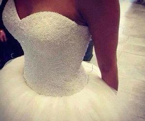 dress, fashion, and weiß image