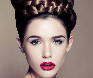 beautiful, gorgeous, and chignon image