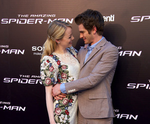 emma stone, andrew garfield, and the amazing spiderman image