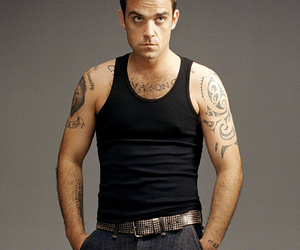 Hot, look, and Robbie Williams image