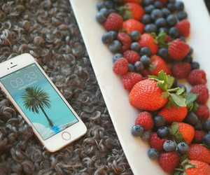 food, FRUiTS, and iphone image