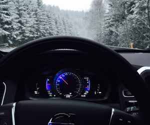 snow and volvo image