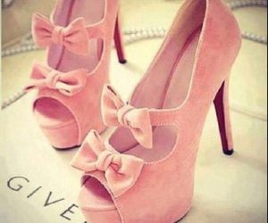 bow, chic, and shoes image