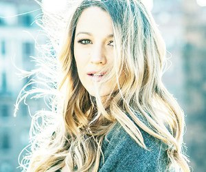 blake lively, gossip girl, and queen s image