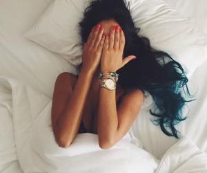 beautiful, bed, and red nails image