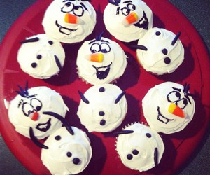 cupcake, frozen, and olaf image