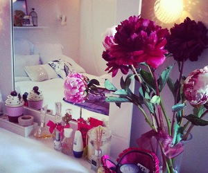 flowers, bedroom, and girl room image