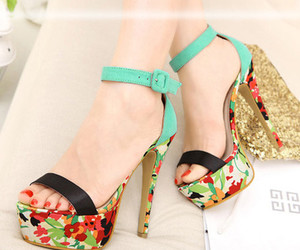 sexy summer pumps image